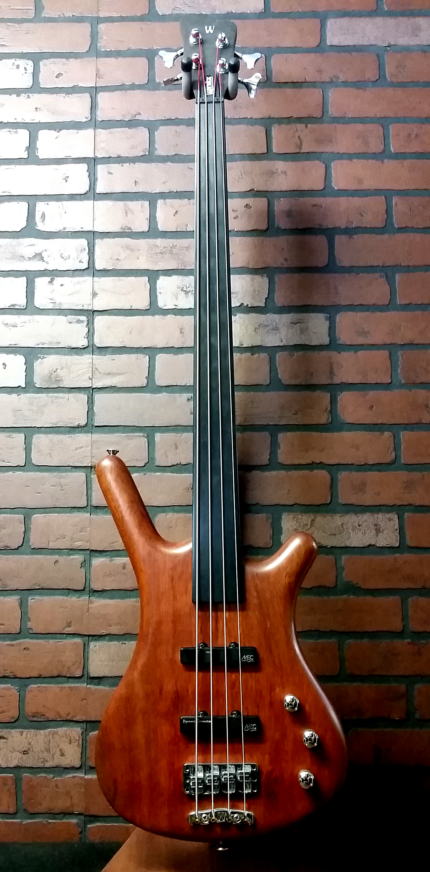 WARWICK Corvette fretless bass