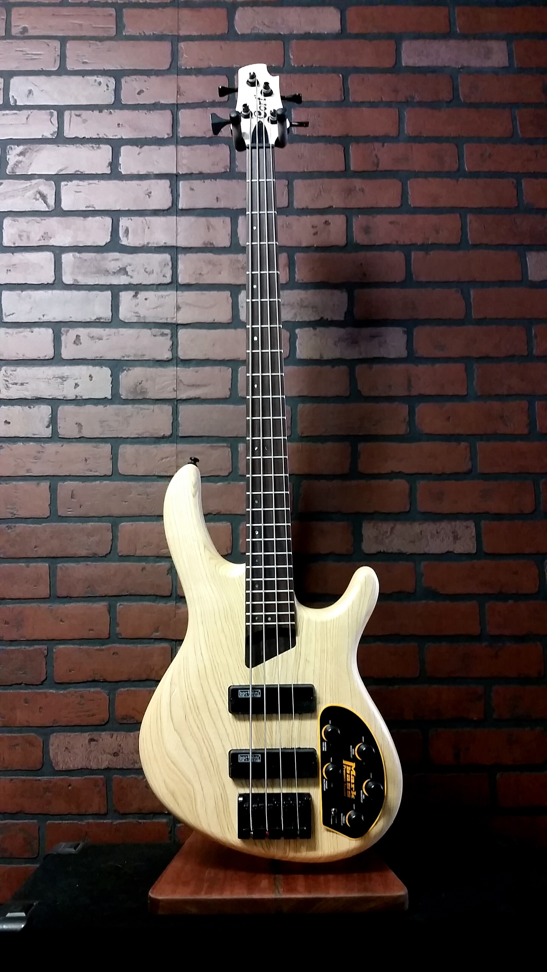 CORT B4 Plus AS 4 string bass