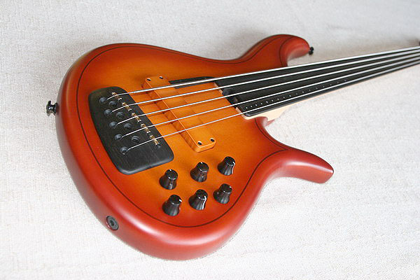 F Bass AC5 Fretless Violin Burst F-Bass