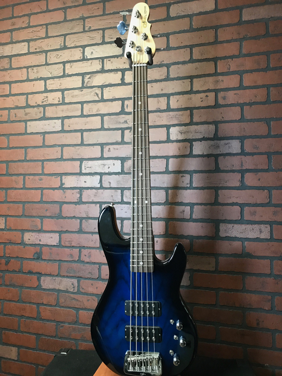 G&L L2500 Blueburst Tribute Bass