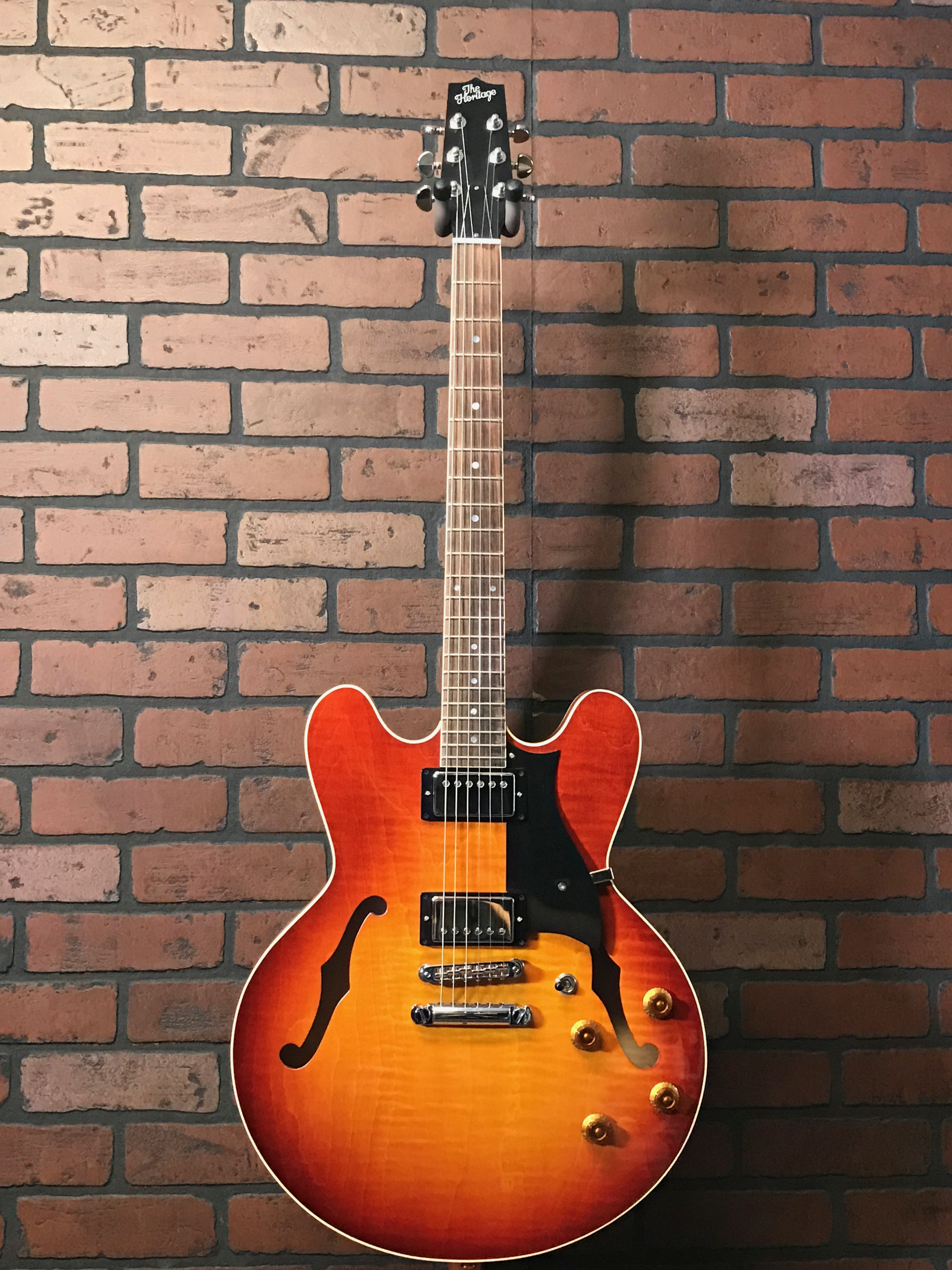 Heritage Guitars H-535