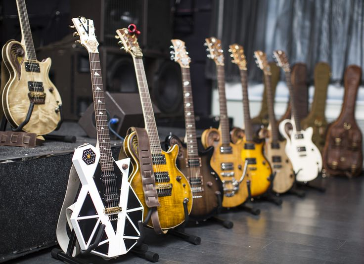 Universum Guitars Are Here!