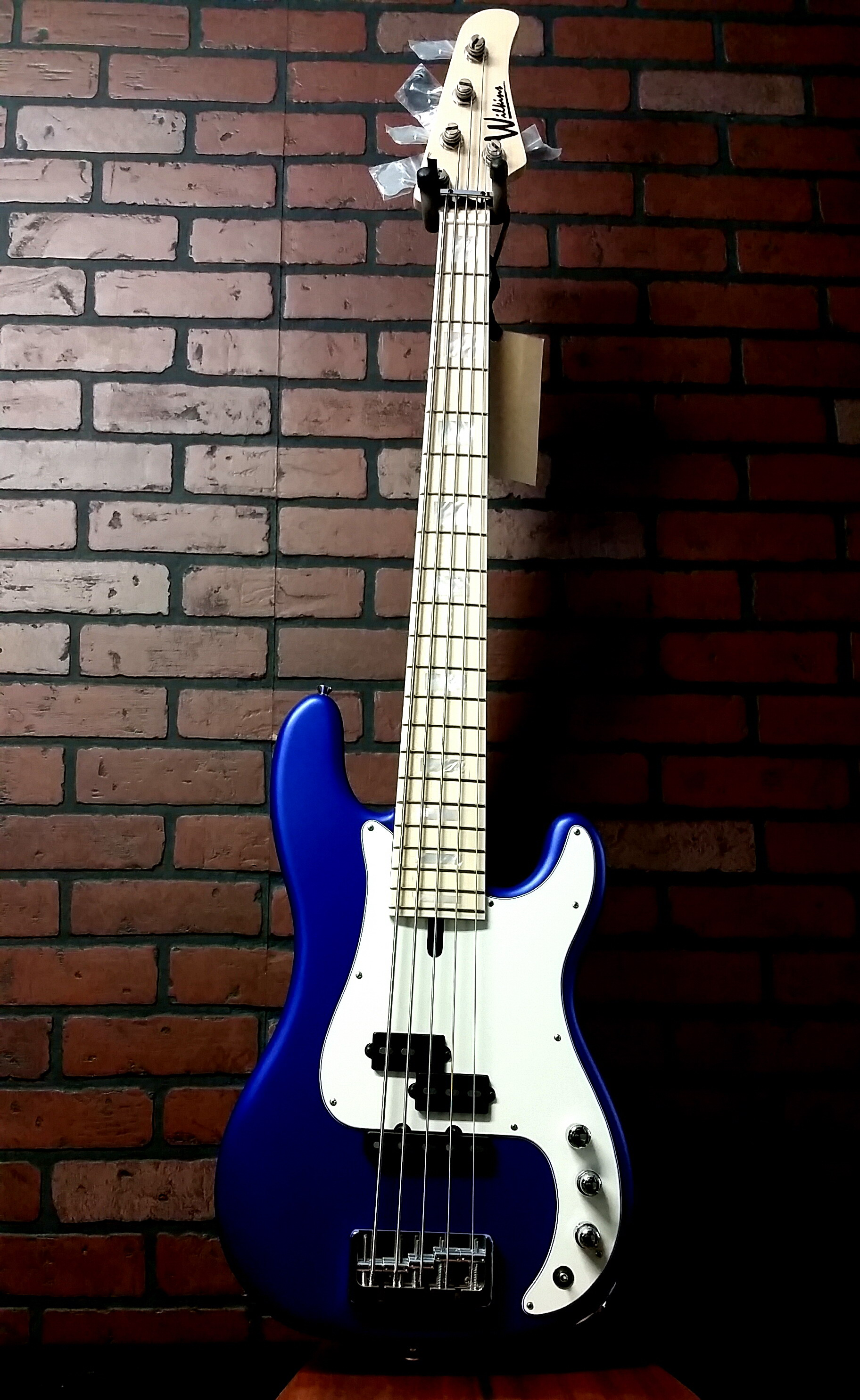 WILKINS Road Tested WRTPJ5 five string bass