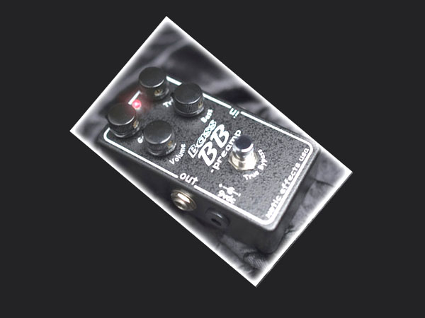 Xotic Bass BB Preamp Distortion Booster